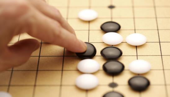 Facebook人工智能系统新目标:和人类比下围棋