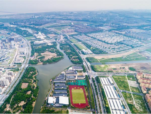 上海临港新片区发布系列政策:促进AI集电航天产业