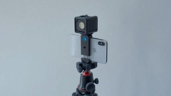 相机配件获 MFi 认证,可配合 iPhone 做到闪光灯同步