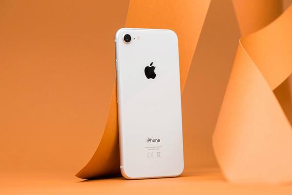 传 iPhone 9 或成为「iPhone SE 2」,今年推出 + 售价 USD$399