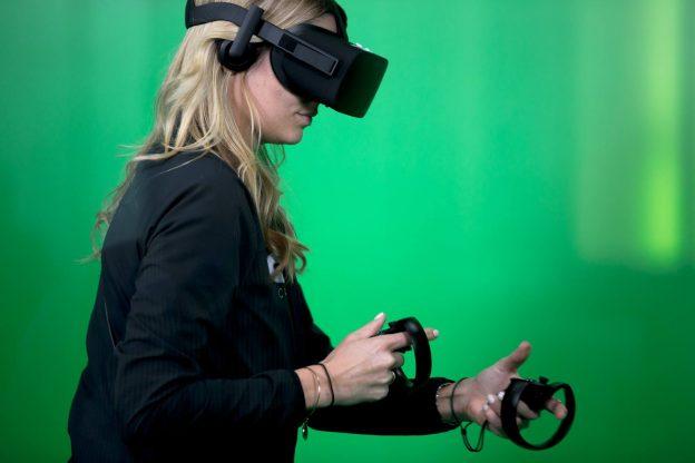 VR、AR头盔5年成长10倍,IDC估2021年出货量破1亿大关