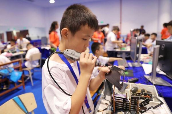 中国大型机器人竞赛