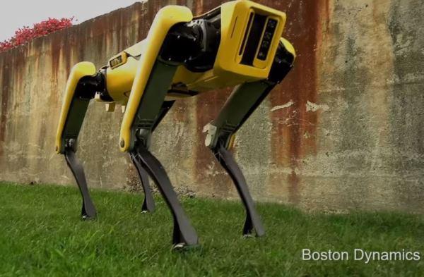 波士顿动力公开最新版本机械狗SpotMini