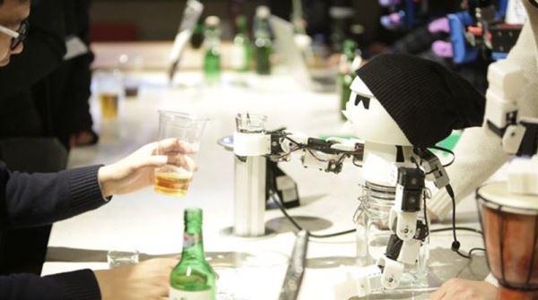 独自喝酒太寂寞~这个韩国发明家做出「最佳酒友」机器人,还公开设计图、3D打印模板