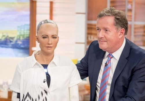人们应质疑人工智能(AI)新科技产生的后果