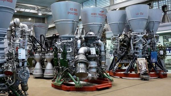 世界最大推力火箭发动机即将出产: 推力超过800吨